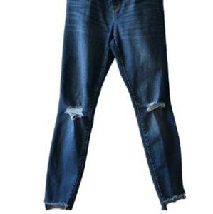Denim - Maternity Over the belly distressed jeans